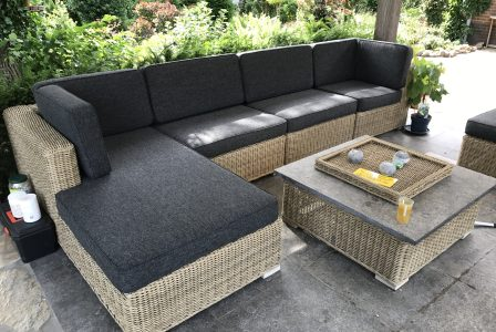 8 lounge kussens bekleed