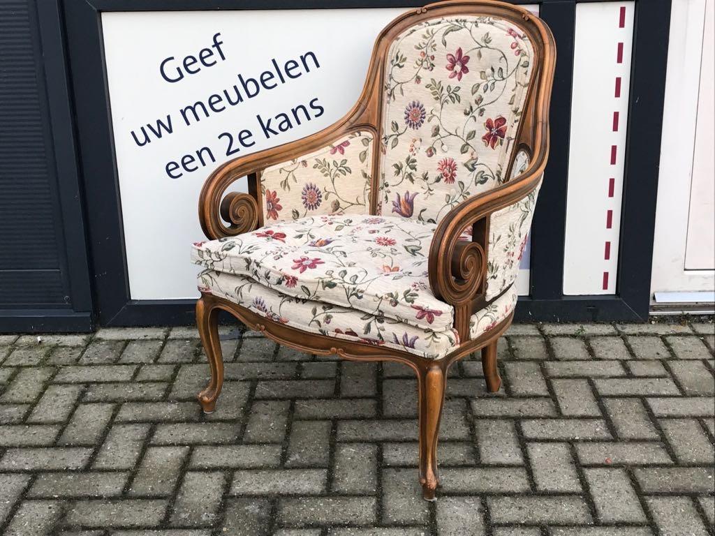 2 Klassieke Stoel Gestoffeerd Bloemen Meubelstof Meubelstoffeerderij Zwolle